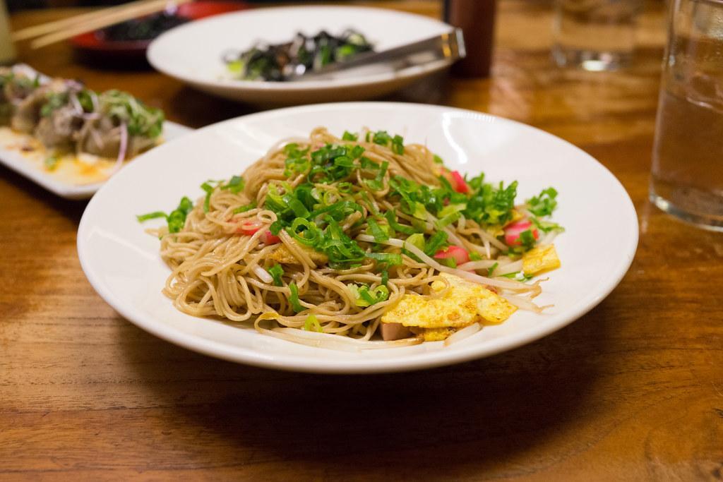 Fried Saimin at Star Noodle (Maui).