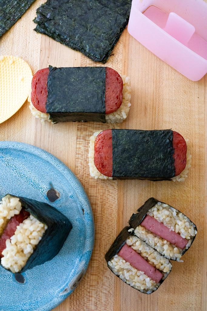 Spam Musubi A Hawaii Snack Onolicious Hawaiʻi