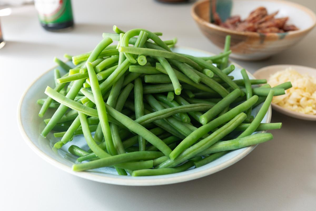 Green beans, blanched and drained