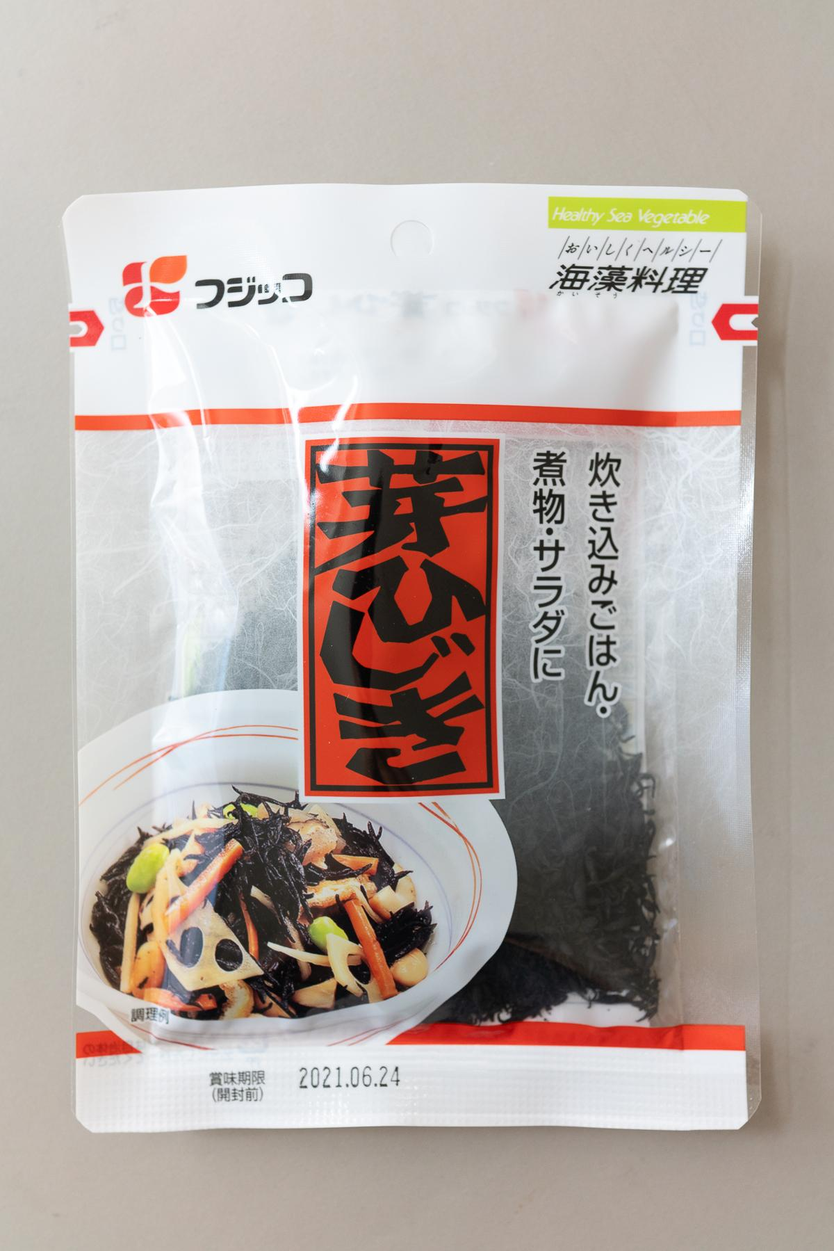 Package of dried hijiki