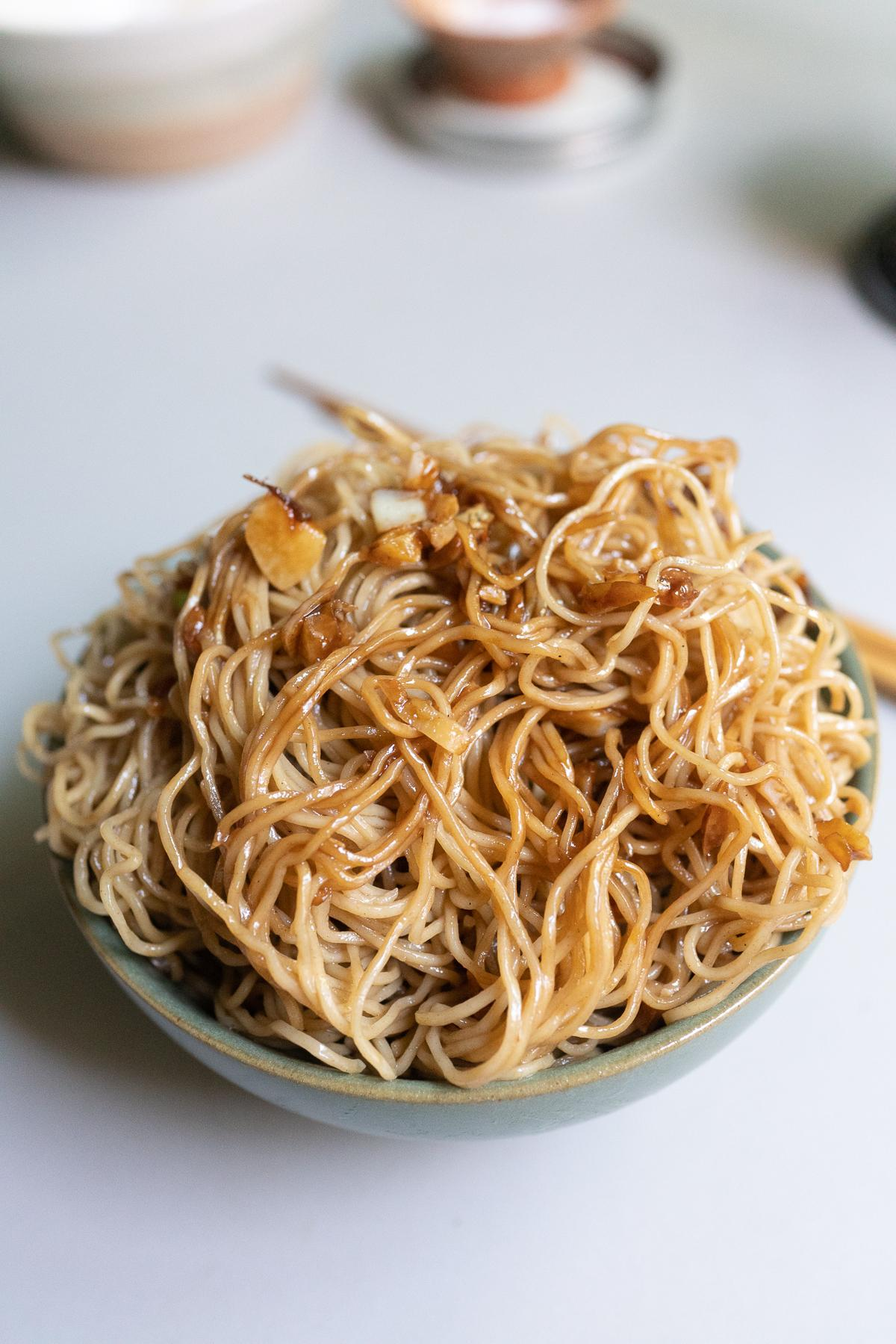 A bowl of Gon Lo Mein