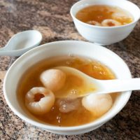 A bowl of Peach Gum With Lychee.